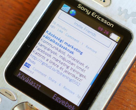 Így néz ki a Facebook tréningünk hirdetése egy nem okos telefonon. :-)