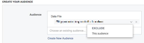 A hirdetés létrehozásánál egyszerűen tudjuk hozzáadni a közönséget, vagy éppen kivonni, ha nem szeretnénk, hogy a saját adatbázisunk lássa a hirdetésünket.